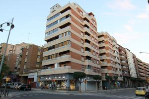Piso en Venta en Calle Tarbes, 1 / Los Olivos