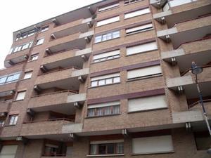 Piso en Alquiler en Centro / Sabiñánigo