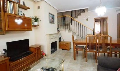 Casa adosada en venta en Llíria