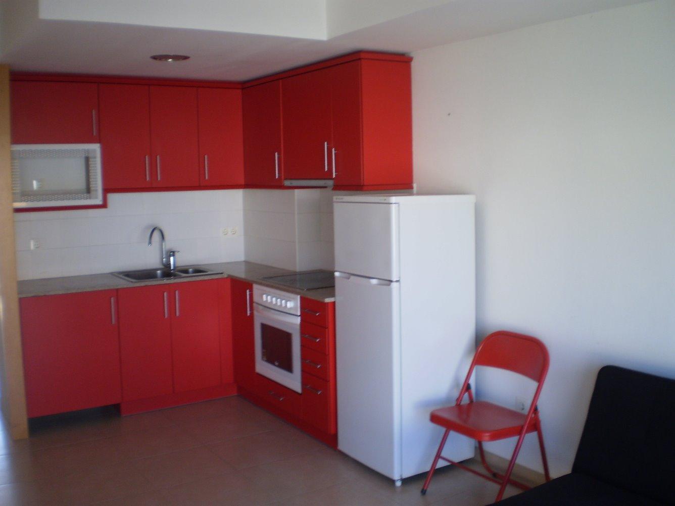 Alquiler Piso  Centro vilobi d'onyar. Piso duplex de 2 habitaciones en el centro de vilobí d'onyar. co
