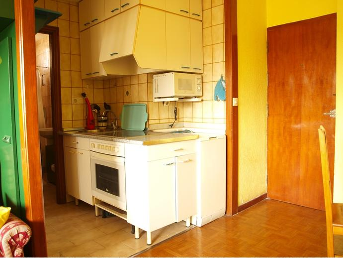 Foto 5 de Apartamento en Calle Poeta José Luis Hidalgo 2 / El Parque - Zapatón, Torrelavega