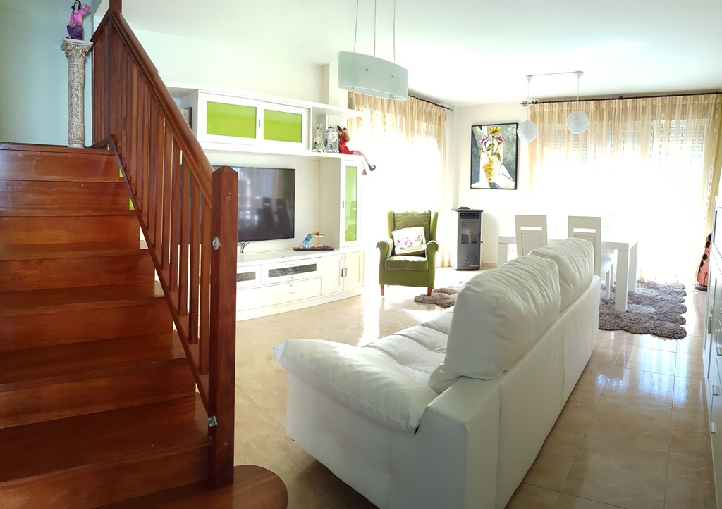 Casa en venta con 130 m2, 3 dormitorios  en Arenas de Iguña