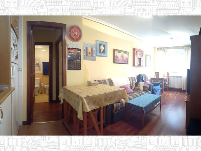 Foto 3 de Apartamento en Travesia Muriago 3 / Los Corrales de Buelna