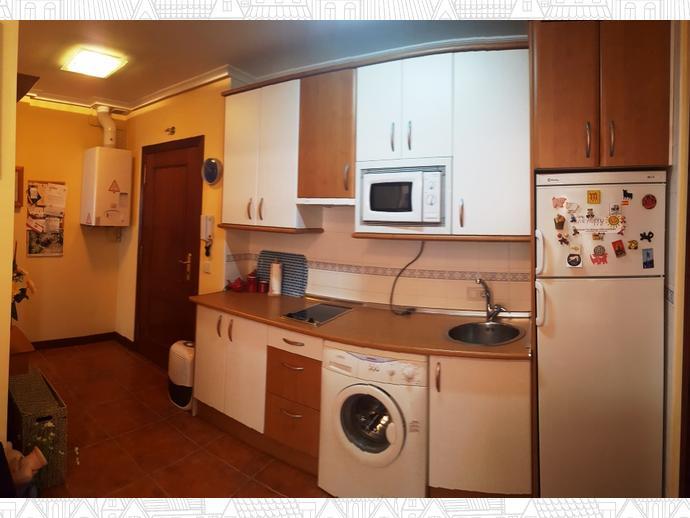 Foto 5 de Apartamento en Travesia Muriago 3 / Los Corrales de Buelna