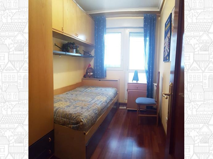Foto 9 de Apartamento en Travesia Muriago 3 / Los Corrales de Buelna