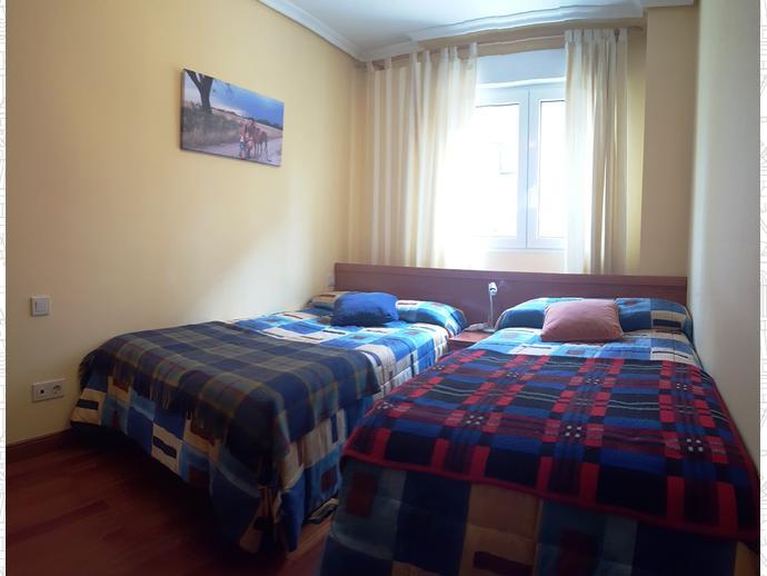Foto 11 de Apartamento en Travesia Muriago 3 / Los Corrales de Buelna