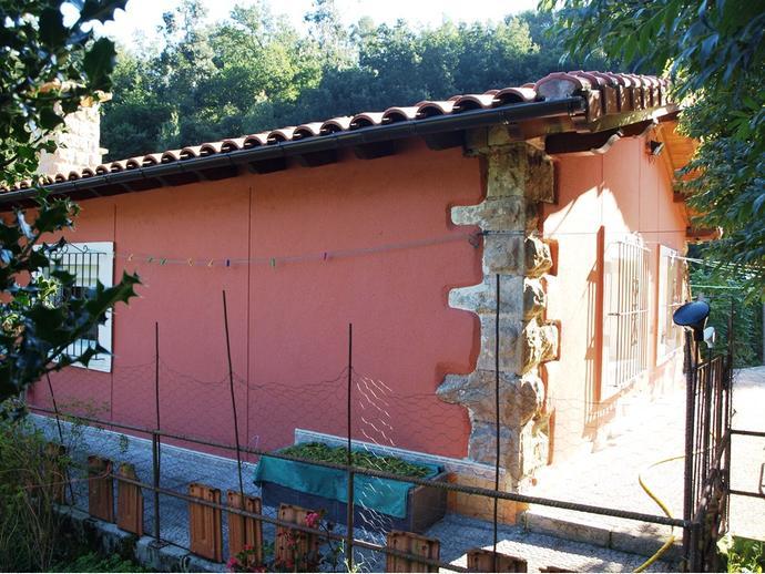 Foto 3 de Casa adosada en Camino Pasada Del Rio 2 / Bárcena de Pie de Concha