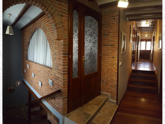 Foto 8 de Casa adosada en Calle Coo-Llano 16 / Los Corrales de Buelna