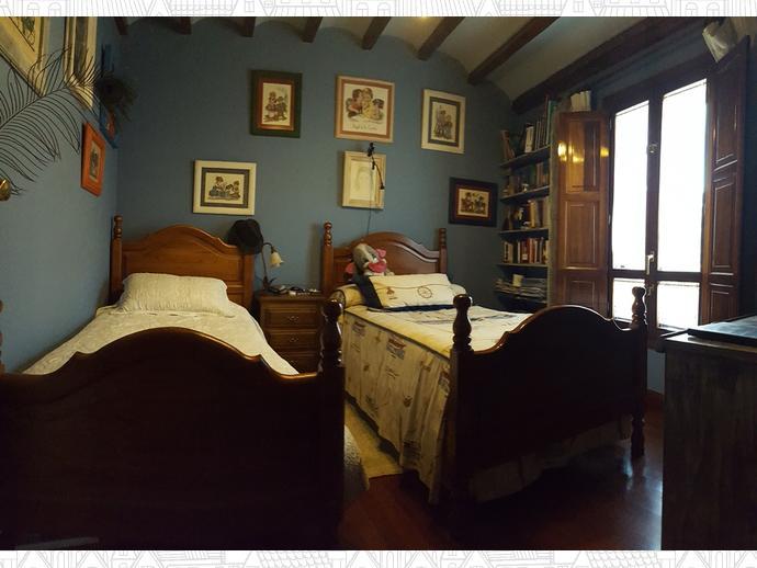 Foto 10 de Casa adosada en Calle Coo-Llano 16 / Los Corrales de Buelna