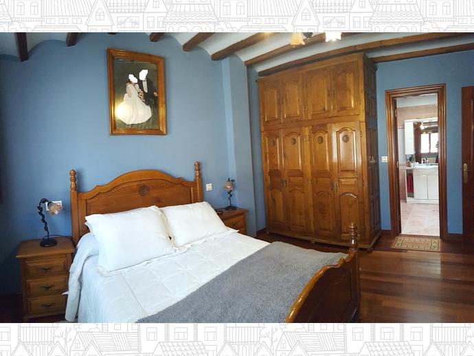 Foto 13 de Casa adosada en Calle Coo-Llano 16 / Los Corrales de Buelna