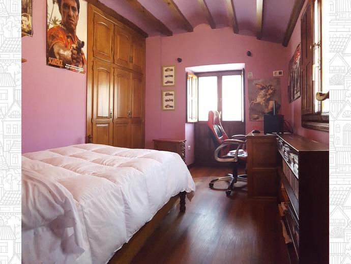 Foto 19 de Casa adosada en Calle Coo-Llano 16 / Los Corrales de Buelna