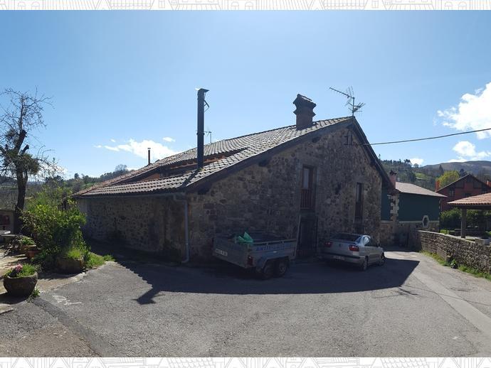 Foto 21 de Casa adosada en Calle Coo-Llano 16 / Los Corrales de Buelna