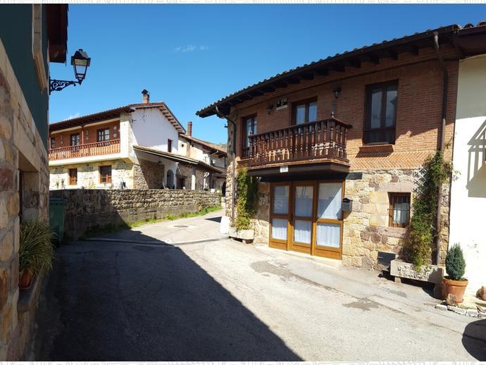 Foto 23 de Casa adosada en Calle Coo-Llano 16 / Los Corrales de Buelna
