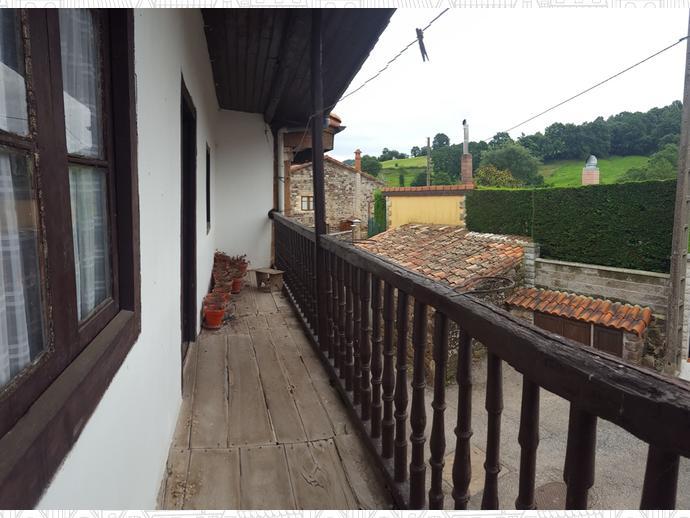 Foto 4 de Casa adosada en Calle Coo - Pereda 34 / Los Corrales de Buelna