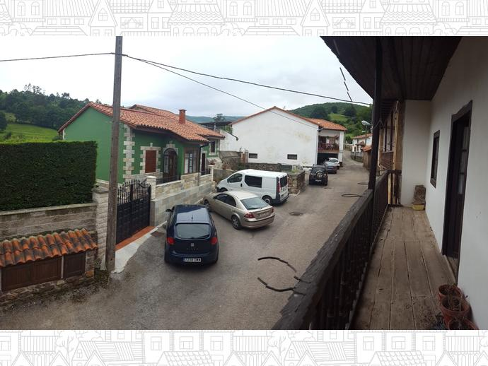 Foto 5 de Casa adosada en Calle Coo - Pereda 34 / Los Corrales de Buelna