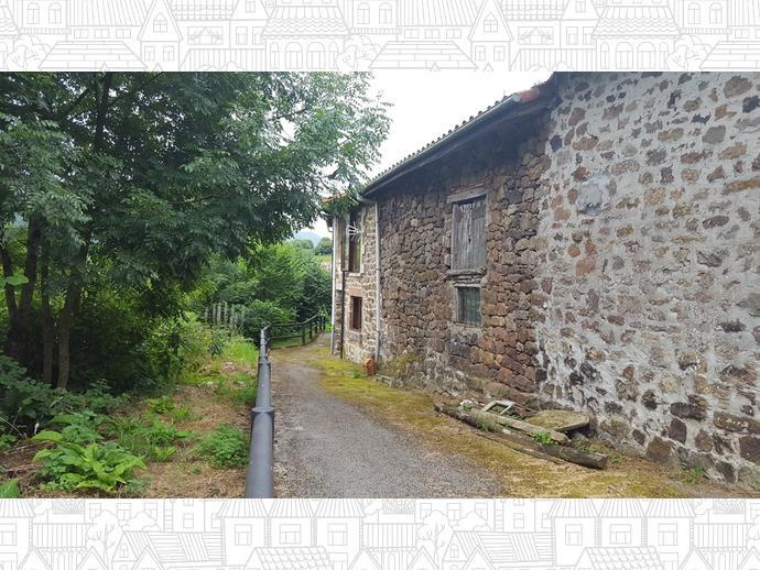 Foto 6 de Casa adosada en Calle Coo - Pereda 34 / Los Corrales de Buelna