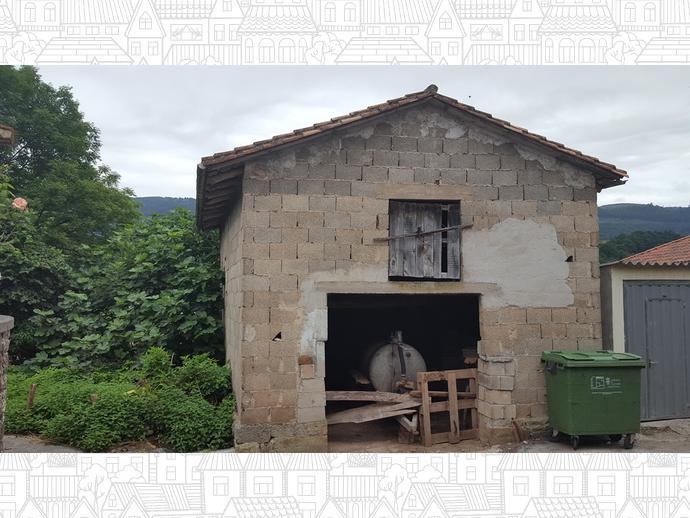 Foto 7 de Casa adosada en Calle Coo - Pereda 34 / Los Corrales de Buelna
