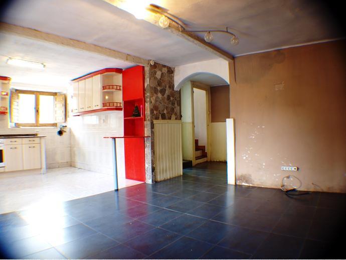 Foto 2 de Casa adosada en Calle Barcenías 3 / Molledo