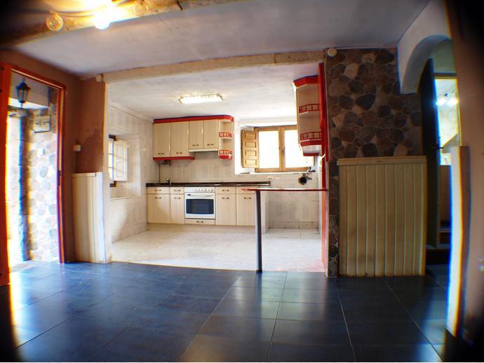 Foto 3 de Casa adosada en Calle Barcenías 3 / Molledo