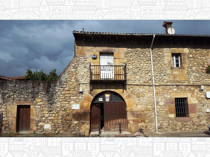 Foto 3 de Casa adosada en Calle Camino Real 16 / Bárcena de Pie de Concha
