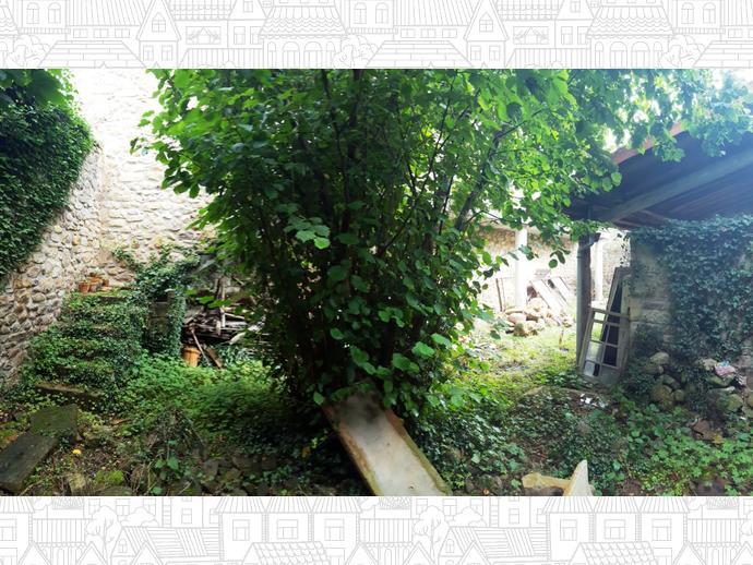 Foto 8 de Casa adosada en Calle Camino Real 16 / Bárcena de Pie de Concha