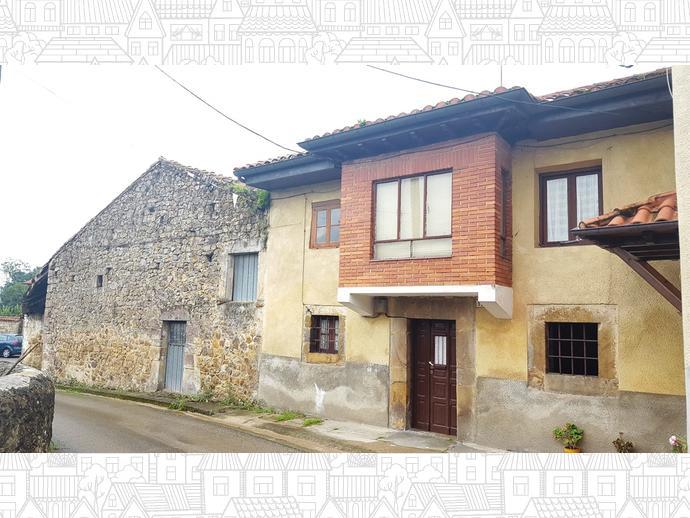 Foto 4 de Casa adosada en Calle La Concepción 9 / Los Corrales de Buelna