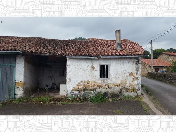 Foto 6 de Casa adosada en Calle La Concepción 9 / Los Corrales de Buelna