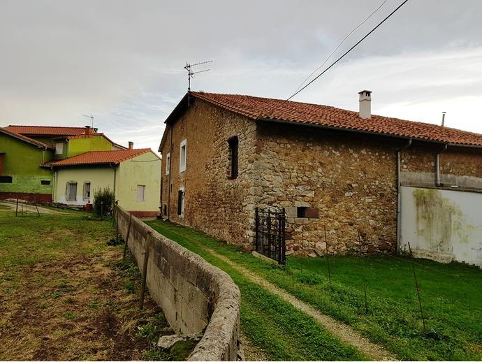 Foto 4 de Chalet en Calle Sovilla 77 / San Felices de Buelna