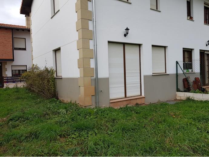 Foto 3 de Casa adosada en Calle Sovilla 41 / San Felices de Buelna
