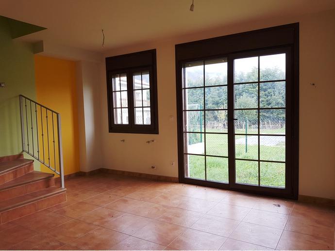 Foto 7 de Casa adosada en Calle Sovilla 41 / San Felices de Buelna