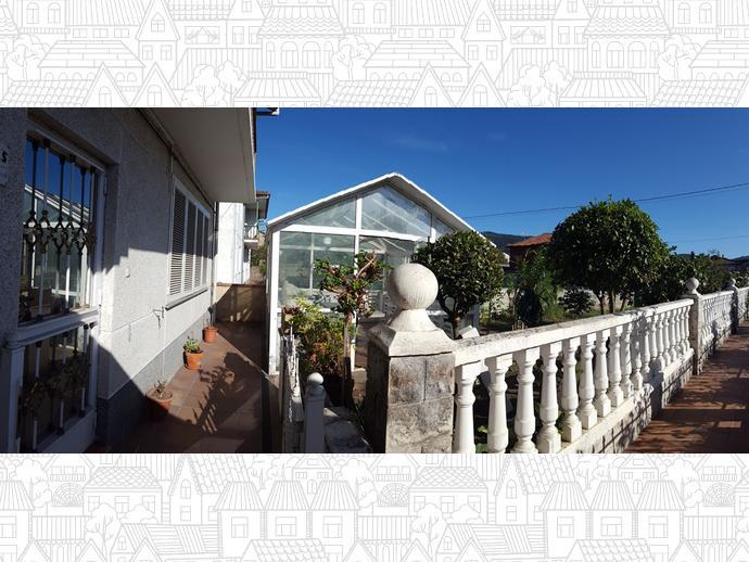 Foto 3 de Casa adosada en Calle Almirante Pero Niño 12 / Los Corrales de Buelna
