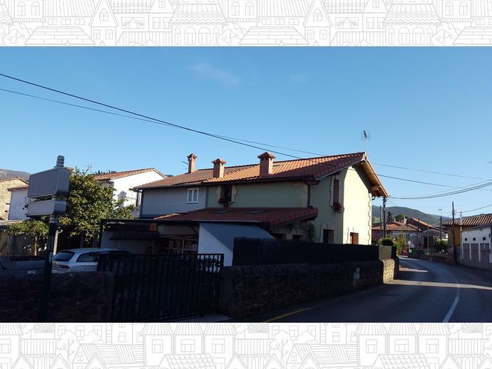 Foto 25 de Casa adosada en Calle Almirante Pero Niño 12 / Los Corrales de Buelna
