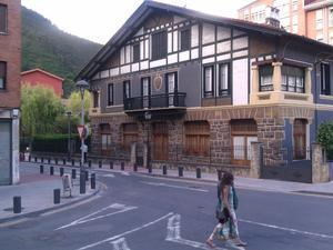 Fincas Rústicas De Alquiler Con Terraza En Alonsotegi Fotocasa