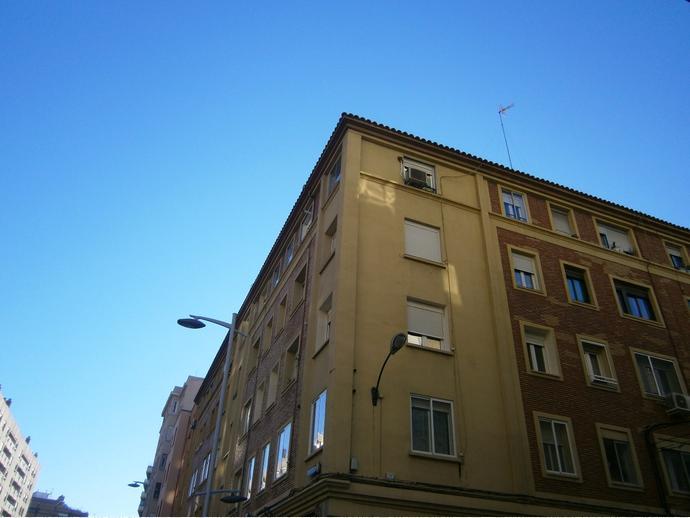 Foto 1 de Piso en  Avenida Francisco De Goya / Ruiseñores,  Zaragoza Capital