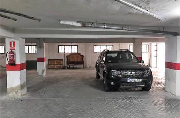 Garaje de alquiler en  Granada Capital