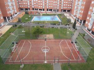 Piso en Venta en Molino Viejo / Vicálvaro