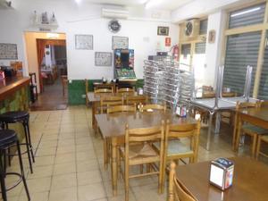 Local comercial en Traspaso en Centro - Iglesia / Òrrius