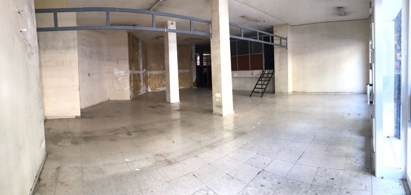 Local en alquiler larga duración con 253 m2,  en Nervión - San Pablo (