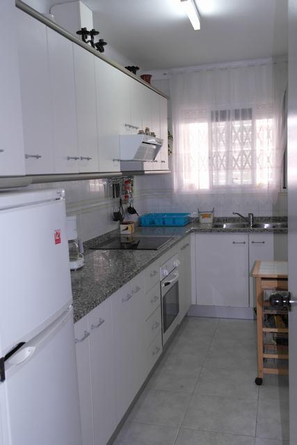 Affitto stagionale Appartamento  Calle costa iberia, 38. Apartamento para 6 personas, con acceso directo a la playa y pis