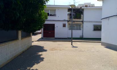Viviendas y casas en venta en Metro Amate, Sevilla