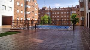 Piso en Venta en Vía Apícola / Las Lomas - Alamín