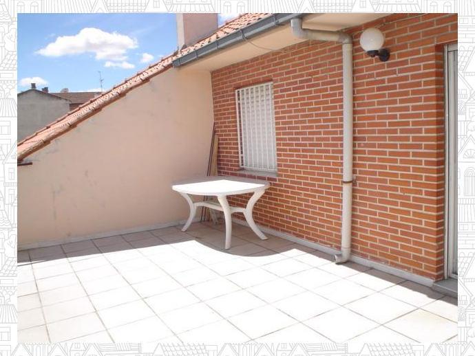 Ático en  Saavedra Y Fajardo / Tormes - La Vega, Salamanca Capital