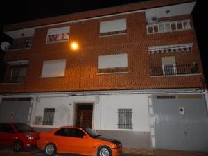 Piso en Venta en San Jose Obrero / Fuensalida