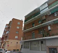 Piso en Alquiler en Enrique Fuentes / Usera