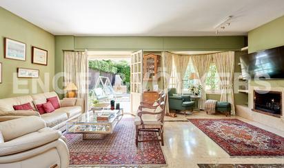 Casa adosada en venta en La Moraleja