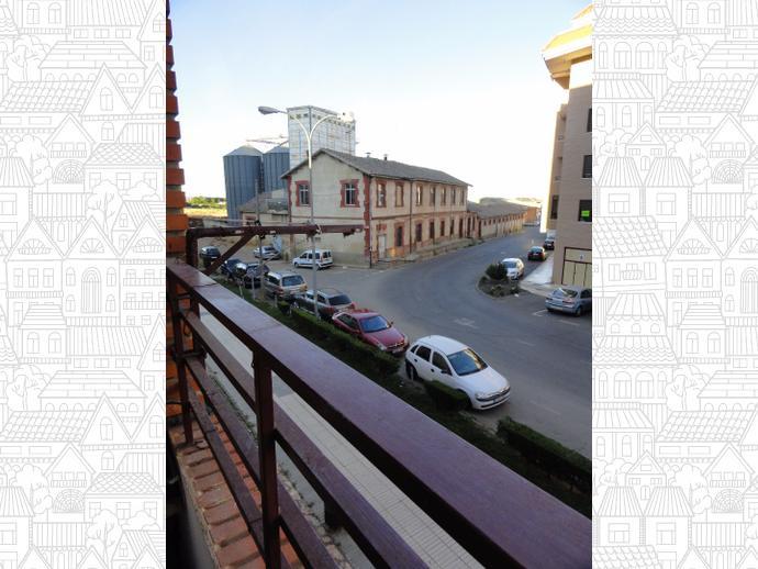 Piso en benavente en calle calle v a del canal 139576744 for Tu mueble benavente