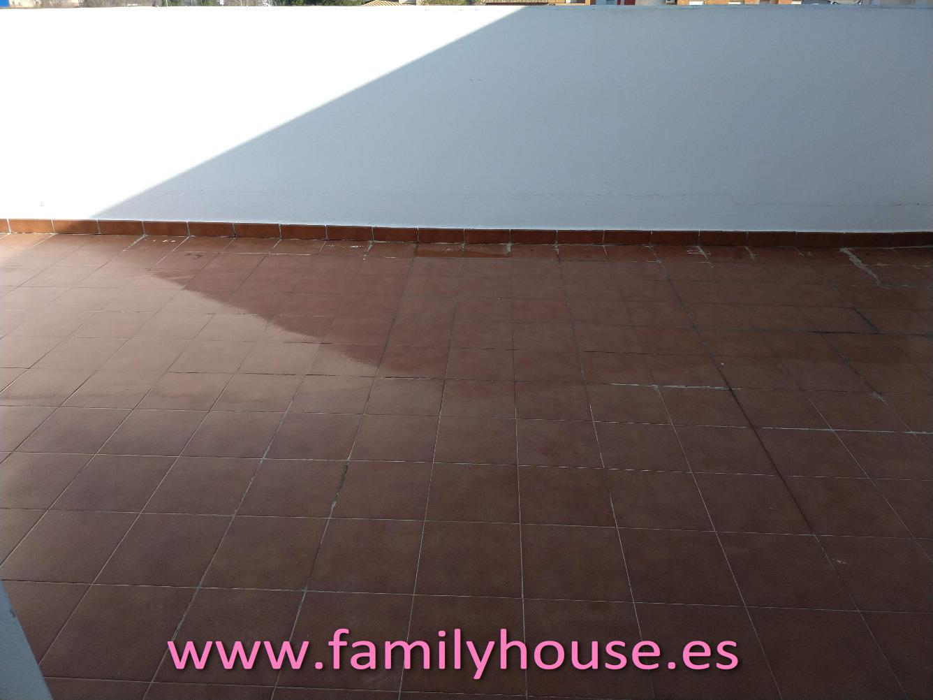 Casa  Oportunidad casa adosada terrazas garaje en beniparrell