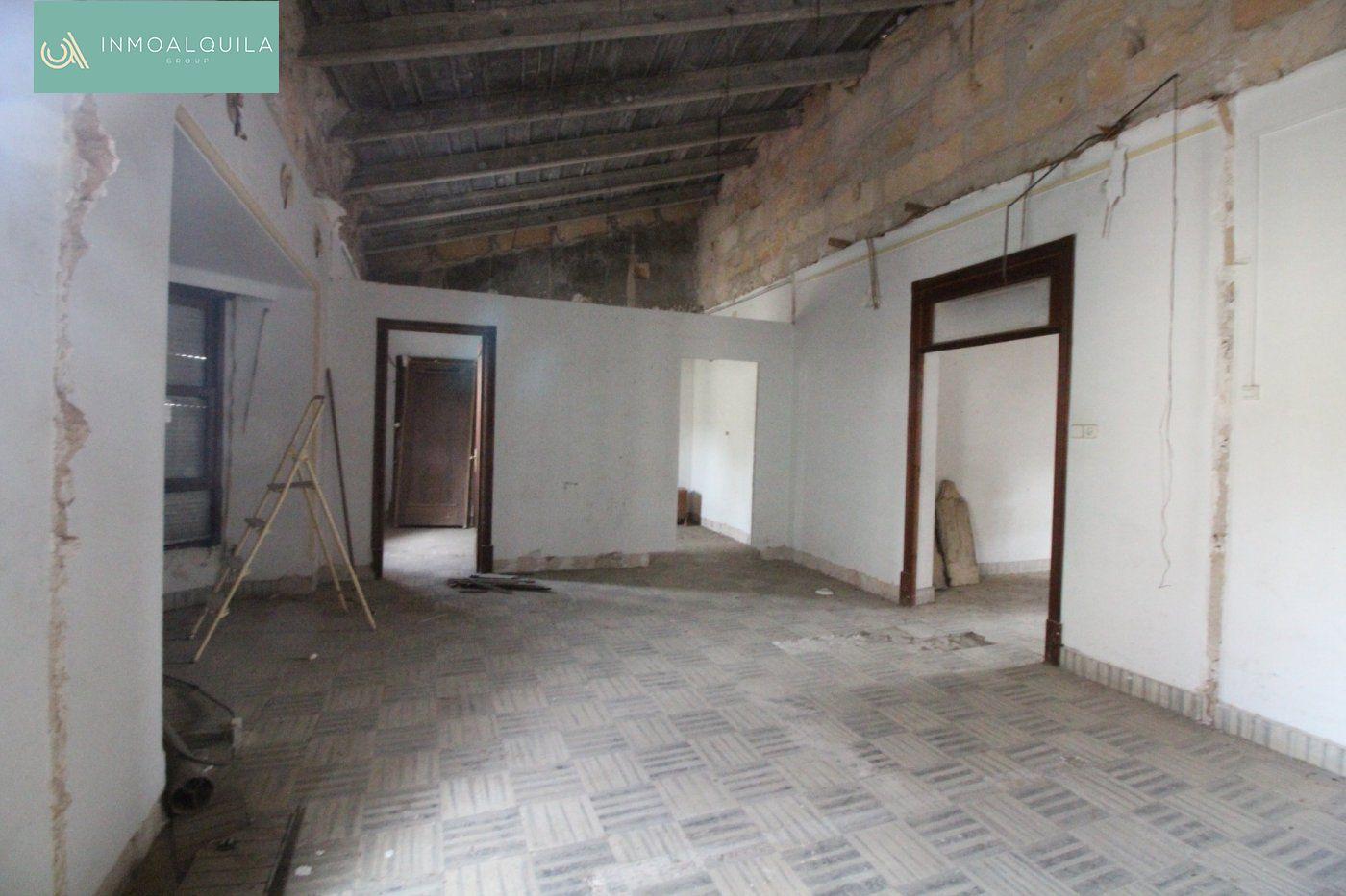 Appartamento  Lloseta ,lloseta. Primer piso techo libre en lloseta para reformar de 124 m2