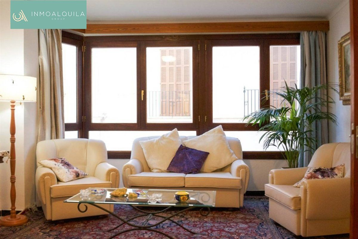 Alquiler Piso  Muro ,centro. Se alquila bonito piso en  muro. 2hab. 1baño. 90m2. 625€/mes
