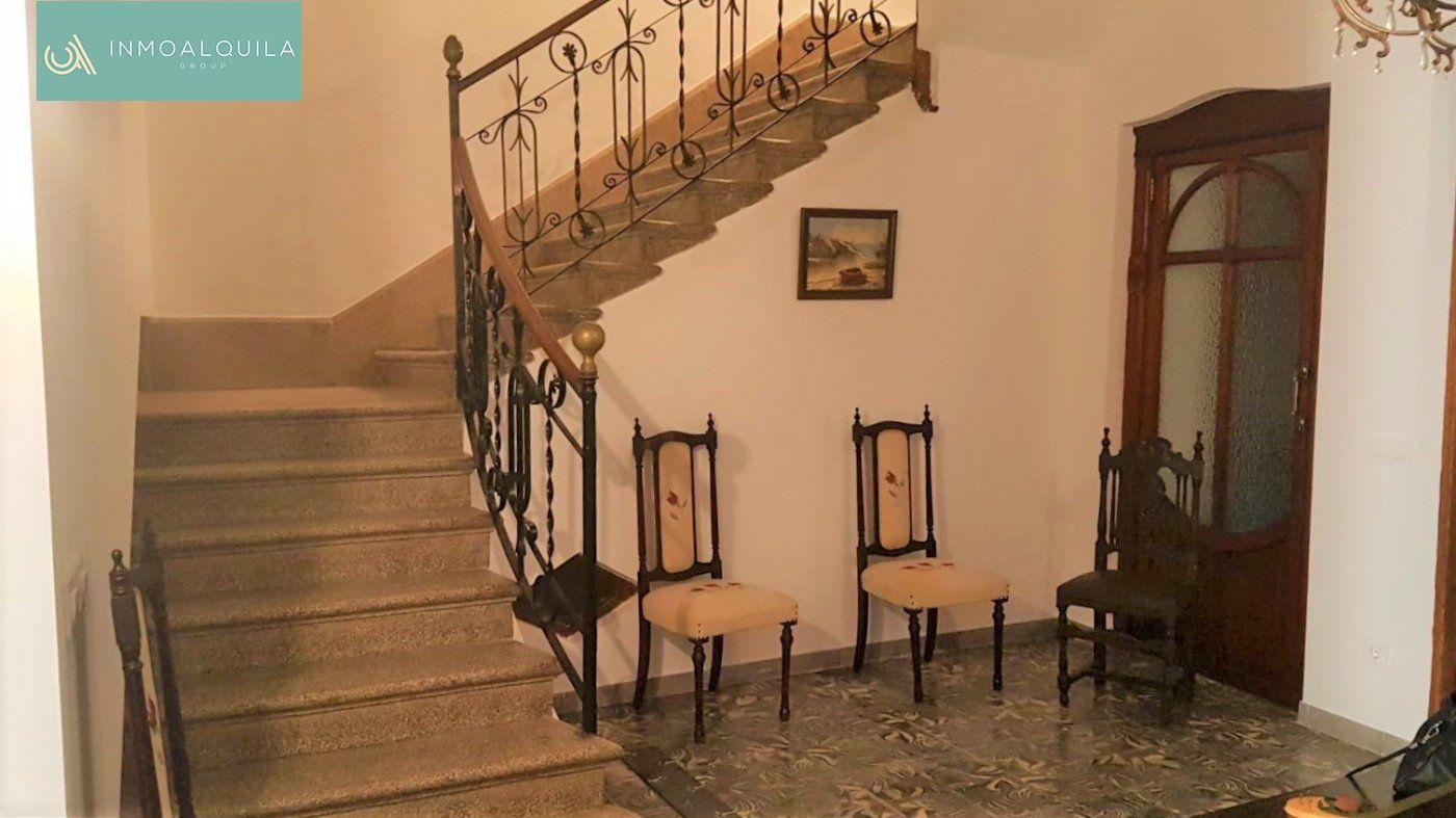 Location Maison  Sa pobla ,sa pobla. Casa en alquilar en sa pobla. 6 hab. 1 baño. 850€/mes